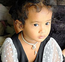 Je donne pour les enfants en Thaïlande