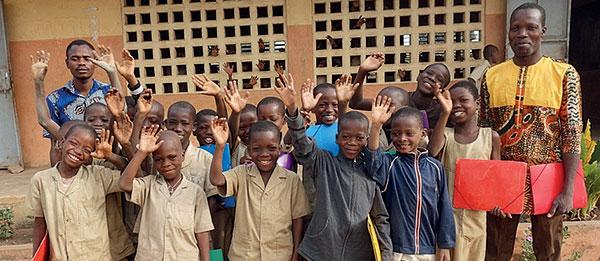 Enfants rédacteurs au Bénin