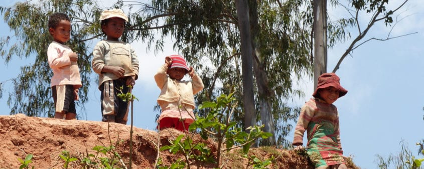 Enfants du village de Talata Iboaka de la région de Haute Matsiatra