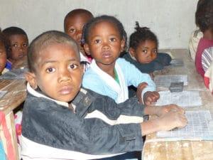Madagascar-Vahatra - Partage